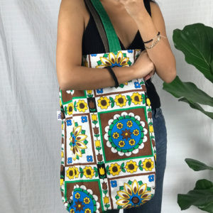 Green and yellow patterns - Chkarty tote bag
