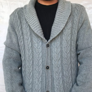Fancy cardigan with buttons