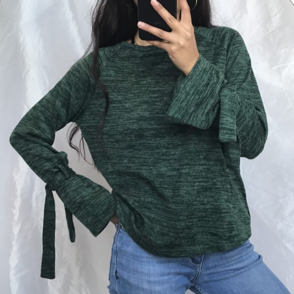 Cute green shirt with detail on sleeves