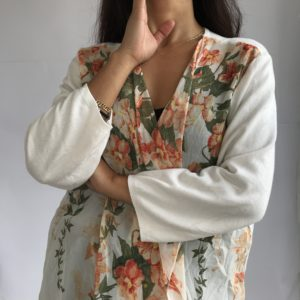 Romantic gilet all floral