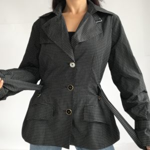 Classy and chic imperméable
